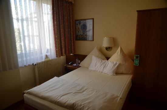 Hotel Am Bismarck - Mannheim
