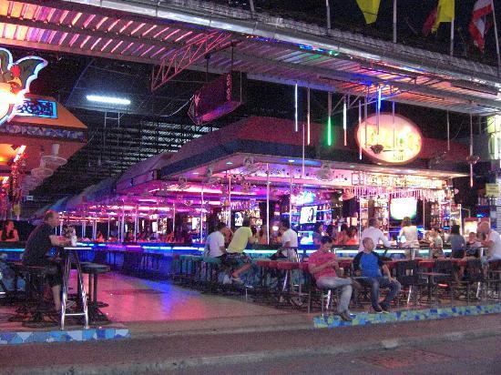 Walking Street Pattaya: バー