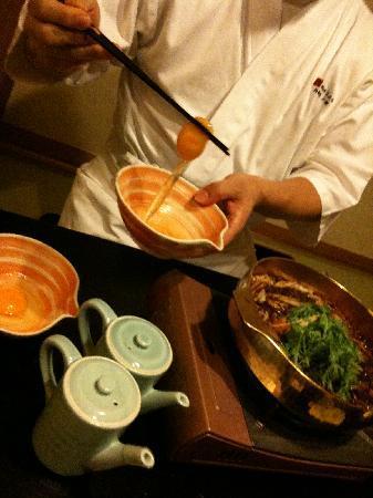 โกซานเต อุบูยะ: 卵にも料理長のこだわり