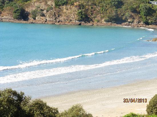SeaDream: Beach - stone's throw away