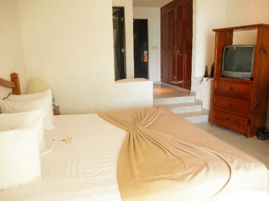 Mia Reef Isla Mujeres: Interior of studio suite