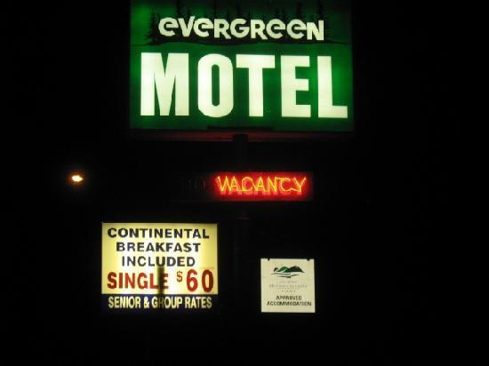 Evergreen Motel: Business Sign