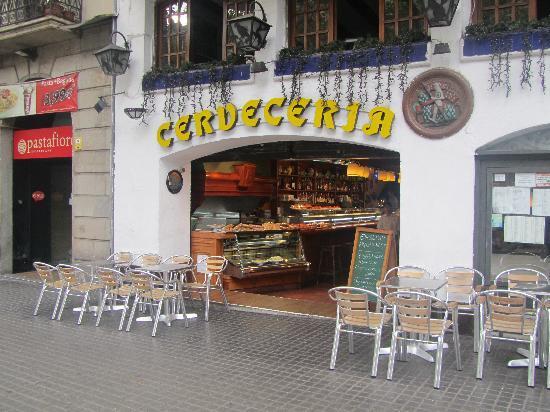Cerveceria Naviera Hosteleria Alemana: Ingresso locale