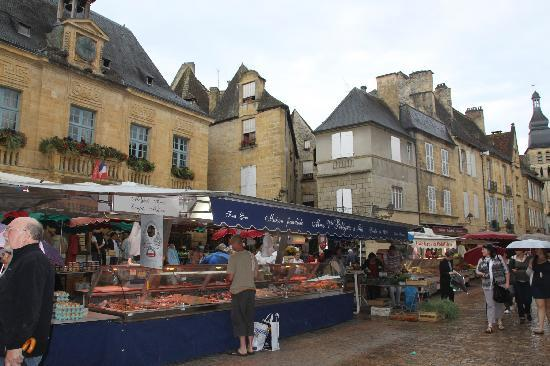 Sarlat-la-Caneda, France: market day