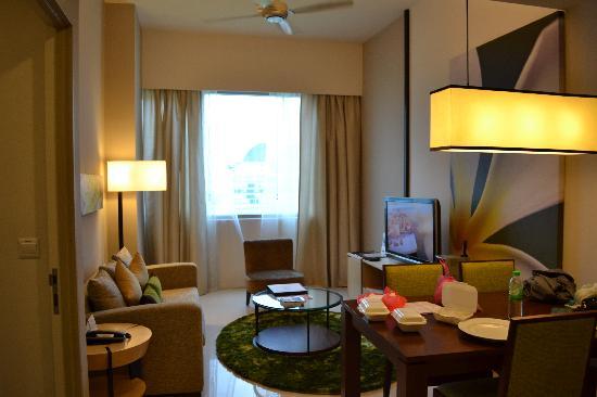 Somerset Ampang Kuala Lumpur: living and dining