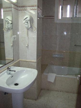 Hotel RK Aloe Canteras : BAÑO