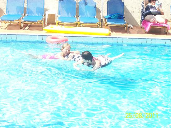 Maria Hotel & Apts: maria pool