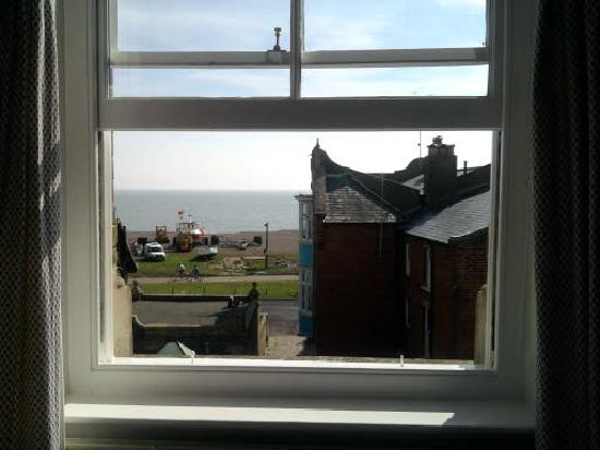 Eaton House B&B: Our 'picture' window