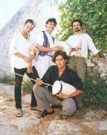 Pulitos: maltese tradition