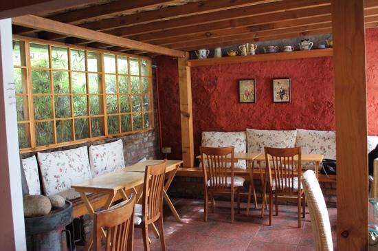 Art Cafe - lovely interiors