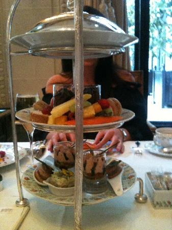 Four Seasons Hotel George V Paris: High Tea/Afternoon Tea
