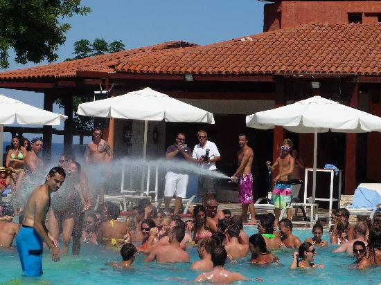 Club Med Kemer : Nikki Kemer Beach Party