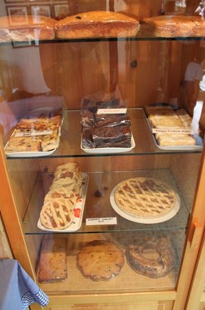 Art Cafe : a closer look at the goodies