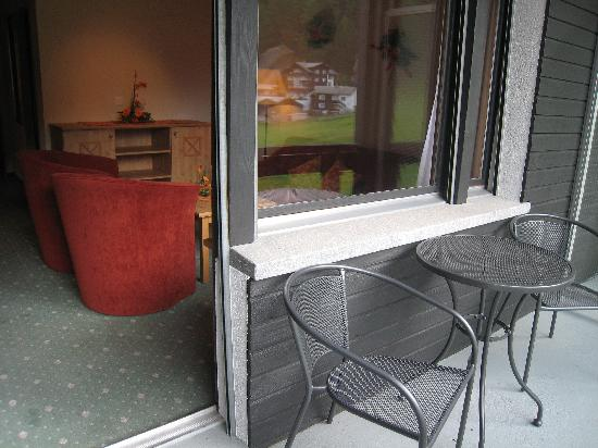 Hotel Alpenhof: Balcony of junior suite