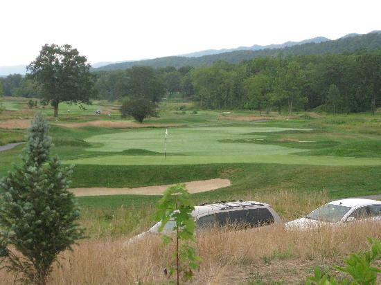 Omni Bedford Springs Resort: Golf course