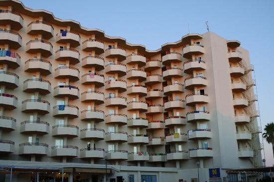 Fiesta Hotel Tanit: View of the hotel