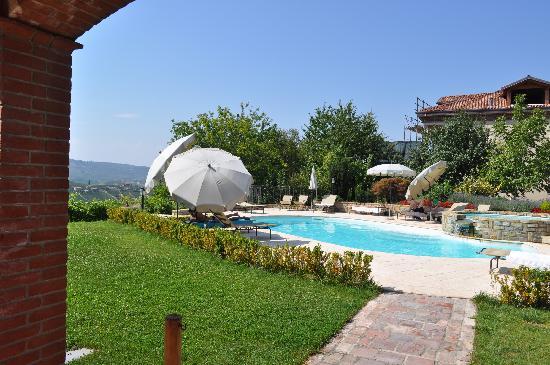 Serralunga d'Alba, Italy: la zona relax