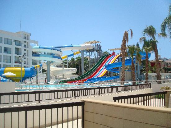 Anastasia Beach Hotel: waterpark at hotel