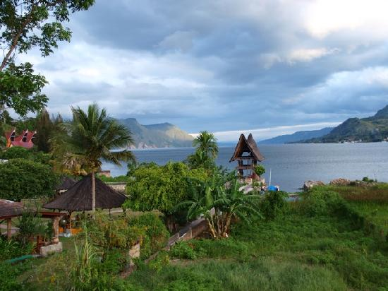 Tabo Cottages: The view from our Batak room