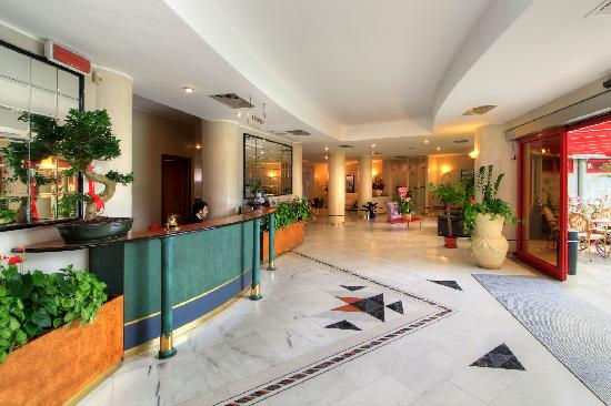 Appia Grand Hotel : La Hall