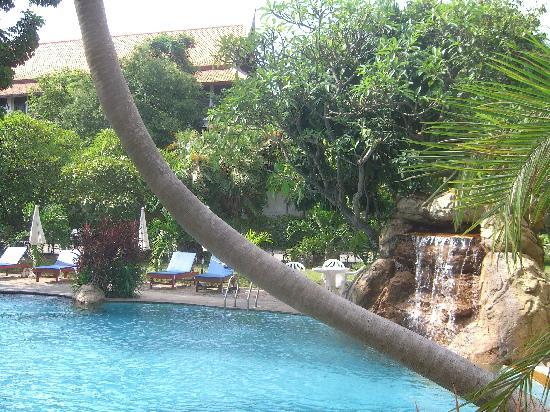 Bella Villa: 屋外プールはまあまあです。