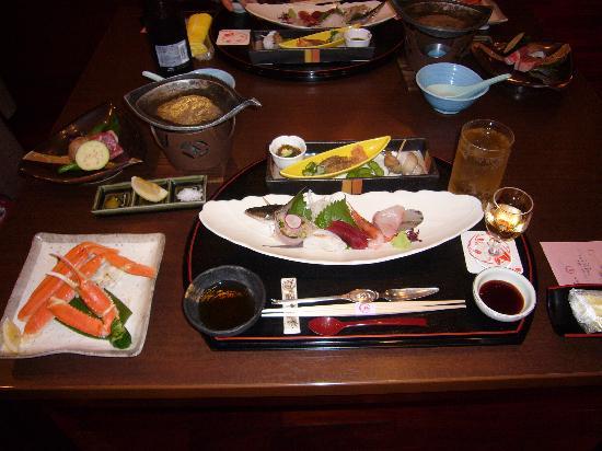 Nanao, Japan: 夕食はおいしい味付け