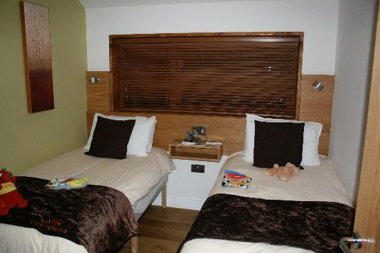 Forest Holidays Forest of Dean, Gloucestershire: Kids' bedroom - toys not included!