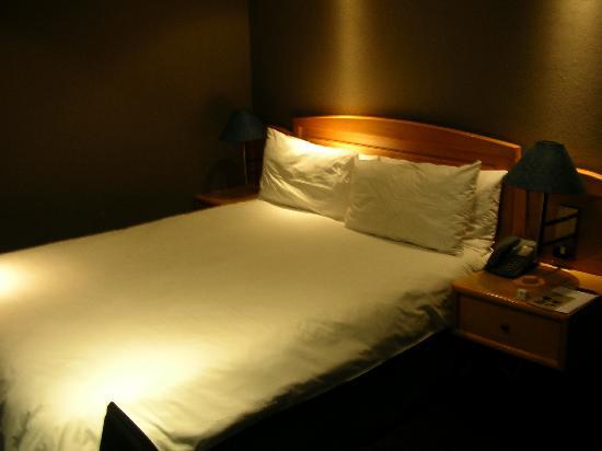 Manhattan Hotel: 寝室
