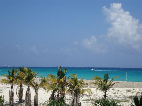 The Royal Playa del Carmen: View from the corridor
