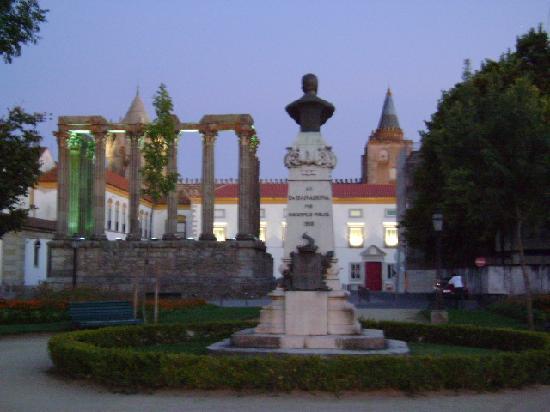 Evora, Portugal: Évora, Portugal.