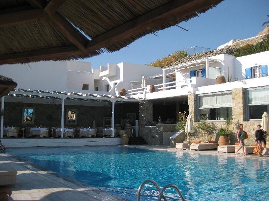 Myconian Ambassador Hotel & Thalasso Spa Center: PISCINA