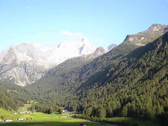 Hotel Reinerhof: La vista sulla valle