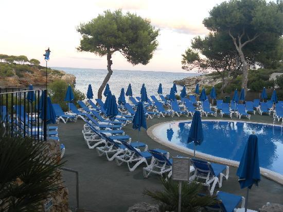 View From The Cala Esmeralda Pool Picture Of Inturotel Cala Esmeralda Beach Hotel Spa Cala D Or Tripadvisor
