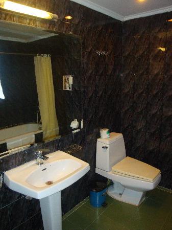 Prince Hotel: salle de bain