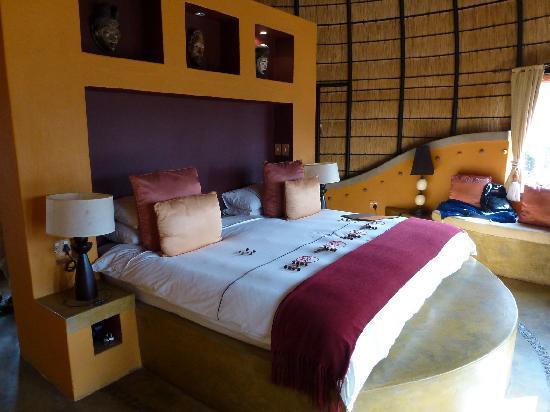 Hoyo-Hoyo Safari Lodge : Notre hutte