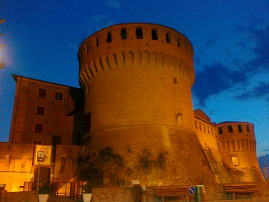 La Locanda Del Castello : la splendida Rocca