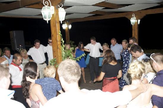 Atrium Prestige Thalasso Spa Resort and Villas: greek band and dancers got everyone up and dancing!