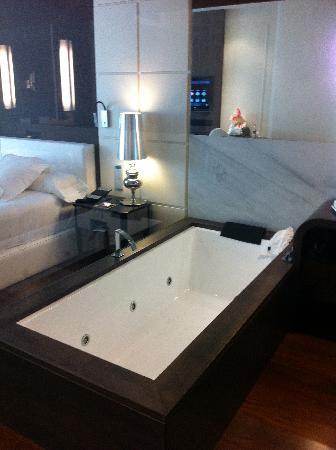 Gran Hotel Nagari Boutique & Spa: Bath