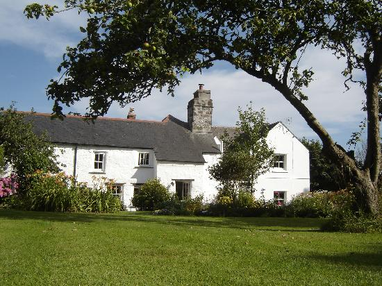 Colvennor Farmhouse Rear Aspect