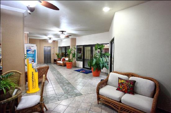 Comfort Inn Tampico: Lobby