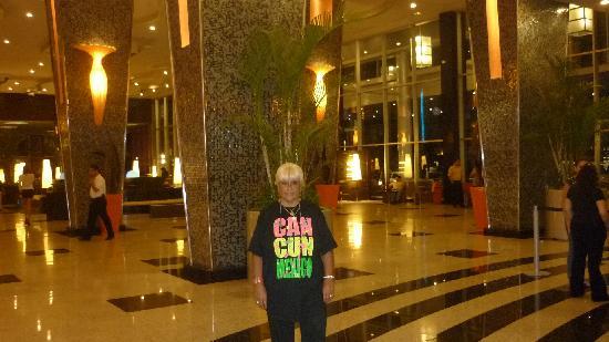 Hotel Riu Plaza Panamá: espectacular