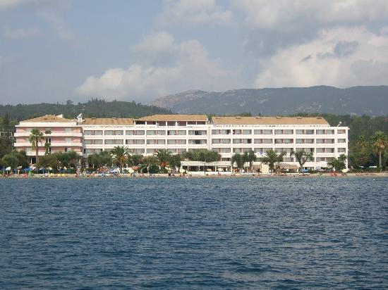 Elea Beach Hotel: Elea from sea
