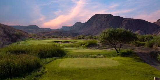 Lajitas Golf Resort: Black Jack's Crossing Golf Course at Sunset