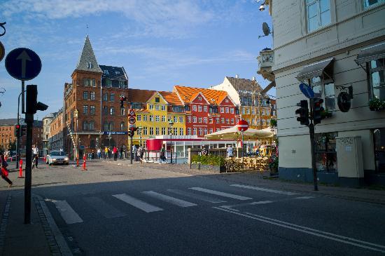 Somandshjemmet Bethel : The hotel from across the bridge