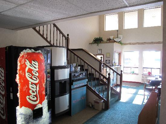Guest House Inn: the lobby