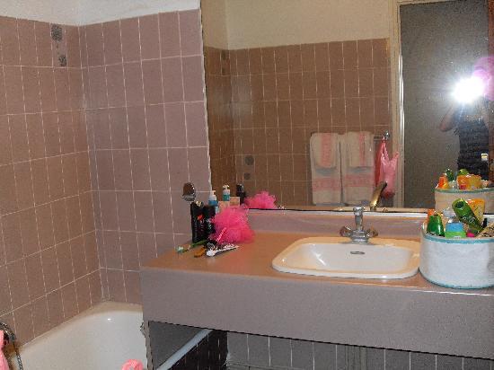 Hotel du Port: Salle de bain