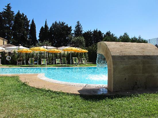 Il Podere Hotel: Pool