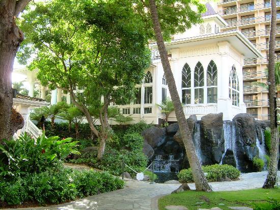 Hilton Hawaiian Village Waikiki Beach Resort Church On Hotel Grounds