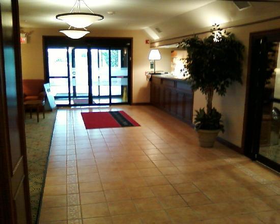 Hampton Inn Shelbyville: Lobby