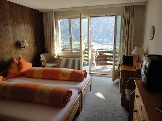 Hotel Tschuggen: room